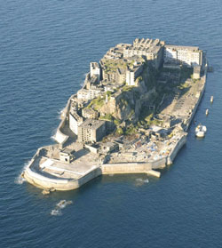 hashima-island-shaped-like-a-battleship