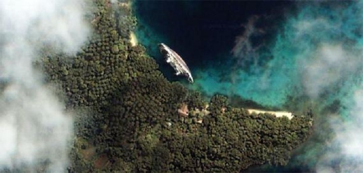 World Discoverer ship wreck