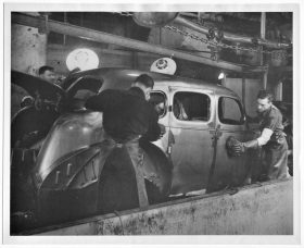 Packard plant building a car 1930s
