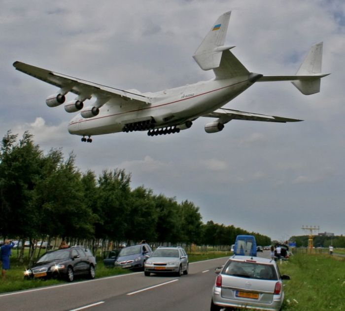 fastest helicopter with Worlds Largest Aircraft Antonov An 225 Mriya on 11678 Silver Fast Yacht De Luxe additionally Cessna Citation X in addition File Su 27 low pass further RAH 66  anche 207154284 as well Nio Ep9 Fastest Electric Car.