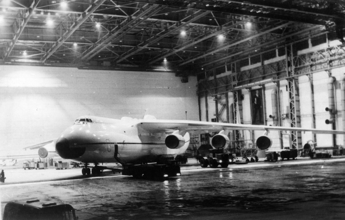 Construction-An225-Mriya-3