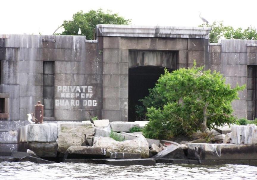 Fort Carroll Island