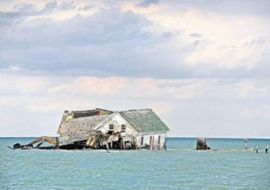 https://sometimes-interesting.com/2013/04/08/the-last-house-on-holland-island/