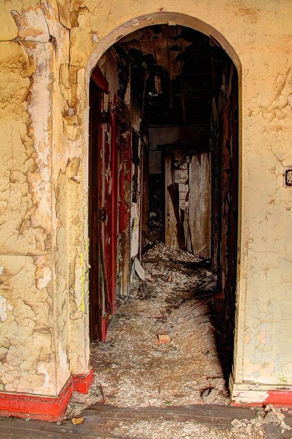 Mahencha Hallway