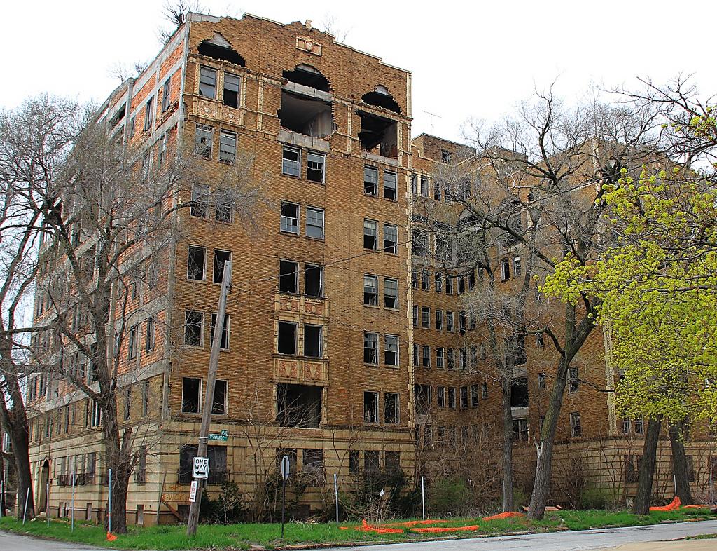 Ambassador-Apartments