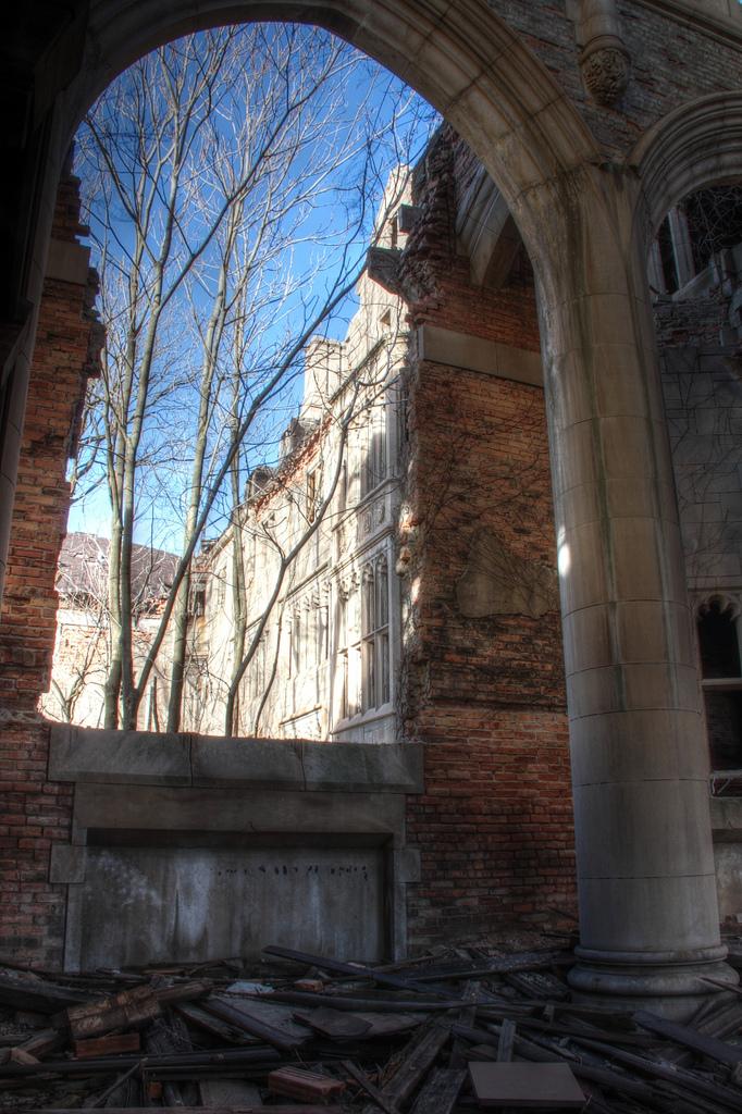 City-Methodist-arch