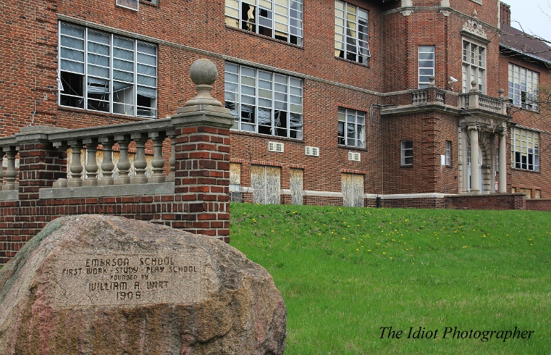 Emerson-School-memorial