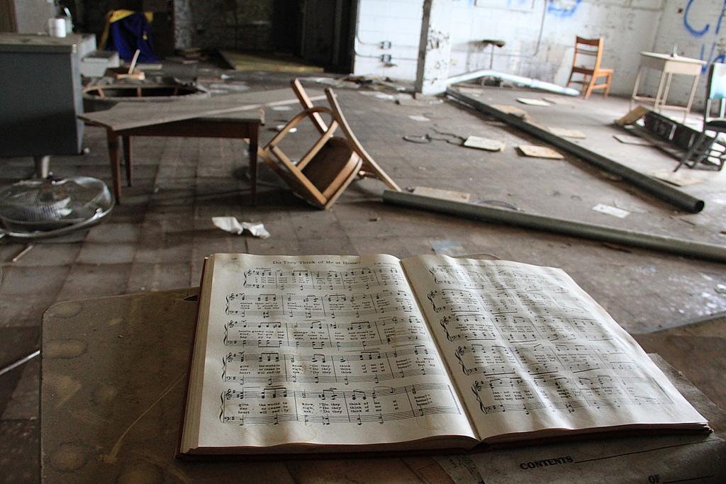 Emerson-School-Music-Class