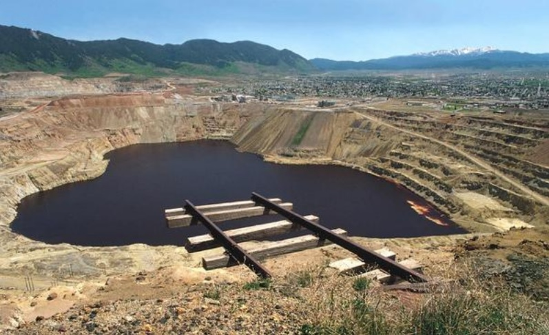 Casualties of Copper: The Berkeley Pit, Montana