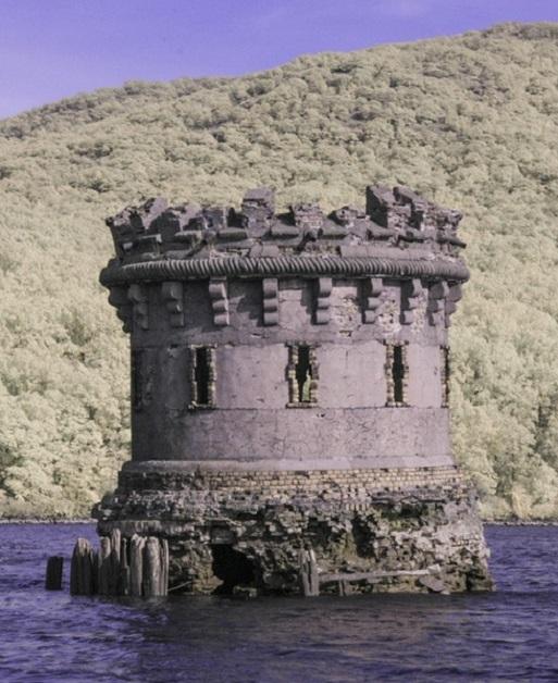 bannerman_harbor_tower