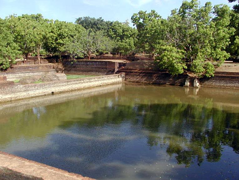 Sigiriya-gardens-5