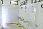 Valdanos-camping-toilets-7