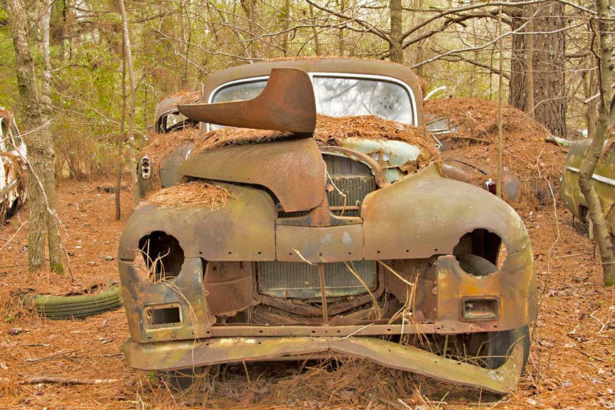 World\'s Largest Old Car Junkyard: Old Car City U.S.A. | Sometimes ...