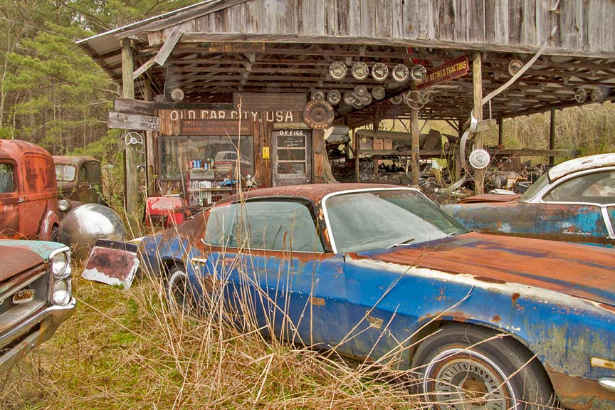 World\'s Largest Old Car Junkyard: Old Car City U.S.A. | Sometimes ...