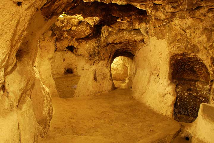 Derinkuyu & The Underground Cities of Cappadocia ...