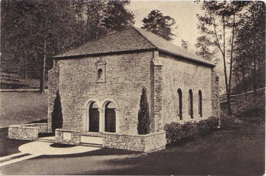 Pressmens-Home-Memorial-Chapel-bw