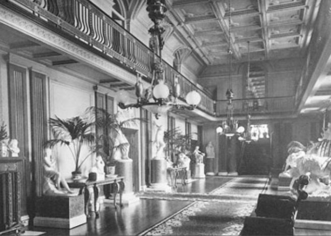 Witley_Court_Main_Hall_1882