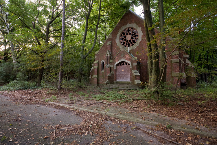 Hart-Island-Chapel-IF-8