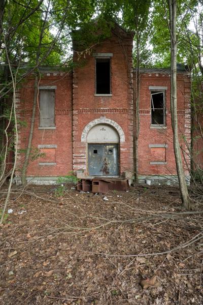 Hart-Island-Pavilion-Entrance-IF-3