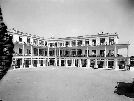 ospedale-1930s-4