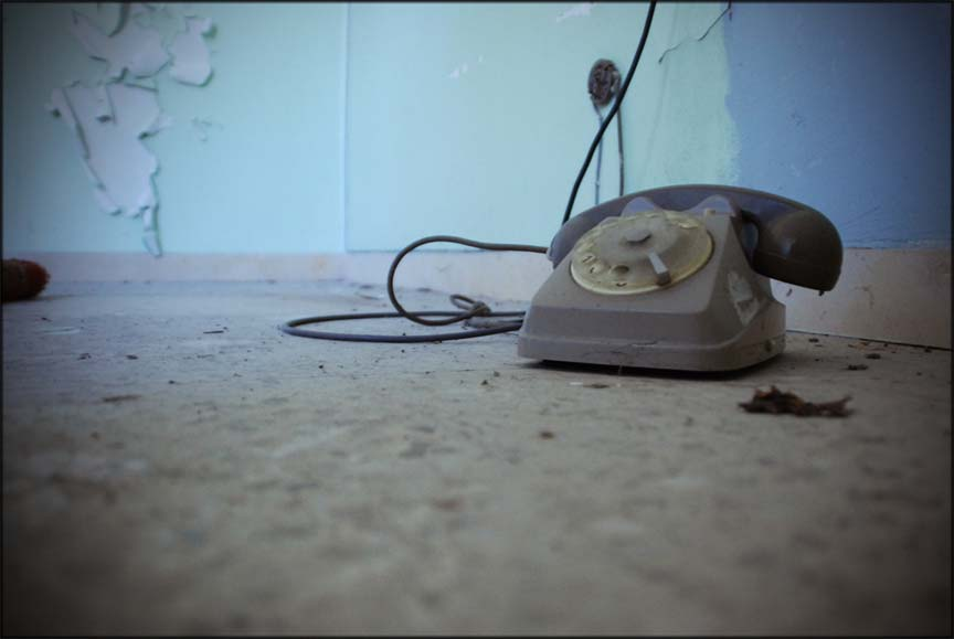 abandoned hospital venice ospedale al mare phone