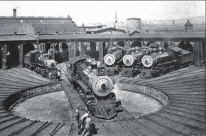 DIR-two-harbors-roundhouse-early-1900s