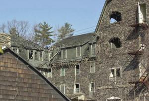 Buck-Hill-Inn-2003