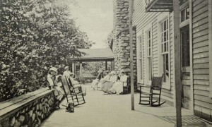 Buck-Hill-Inn-east-porch-1920s