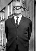 Buckminster-Fuller-portrait-6
