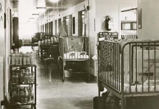Reid-Memorial-Hospital-corridor-1960s