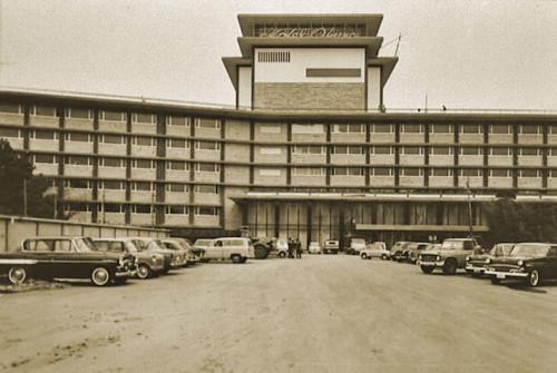 Hotel-Okura-2-1960s