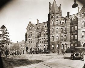 Hudson-River-State-Hospital-administration-building-fire