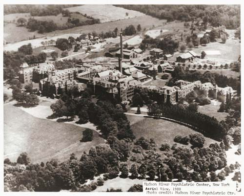 Aerial photo of Hudson River Psychiatric Center 1980