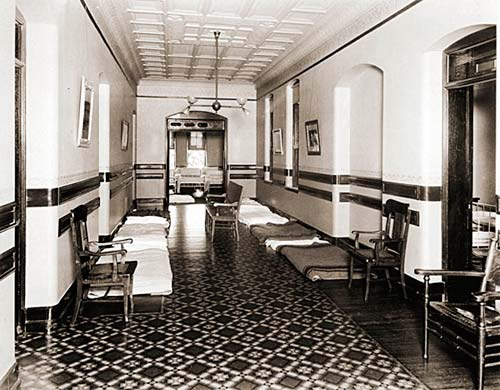patient beds in hallways of Hudson River State Hospital
