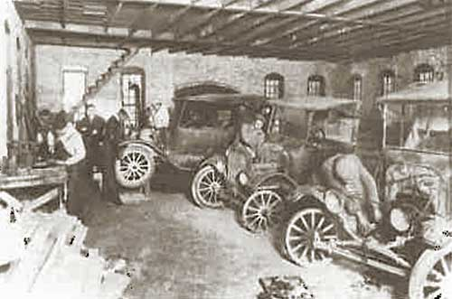 Morristown College auto shop early 1920s