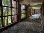 Glenn-Dale-Hospital-Adult-Building-open-air-hallway