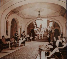 Cazinoul-din-Constanta-gala-atmosphere