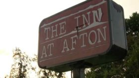 Afton-Mountain-Afton-Inn-Sign-2012