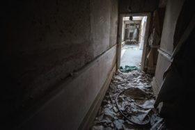 Skinburness-Hotel-hallway