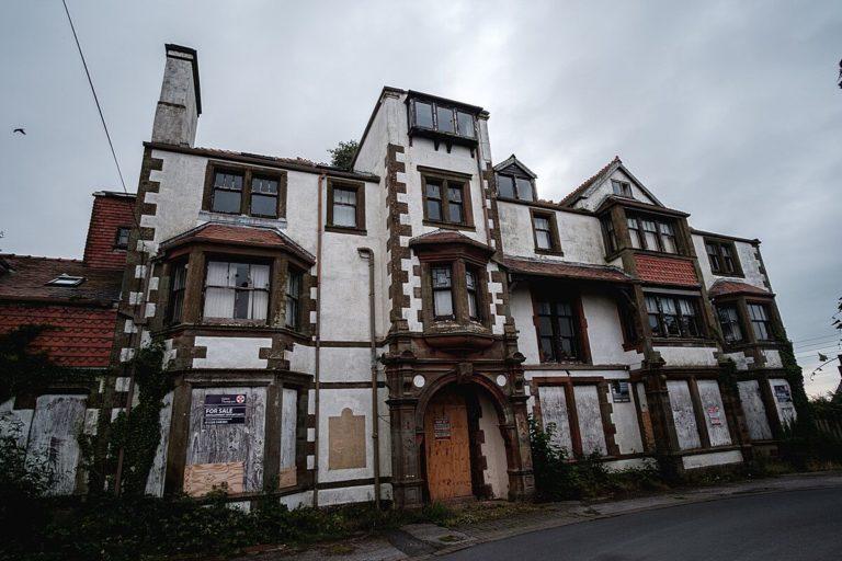 Inn of Insolvency: The Skinburness Hotel