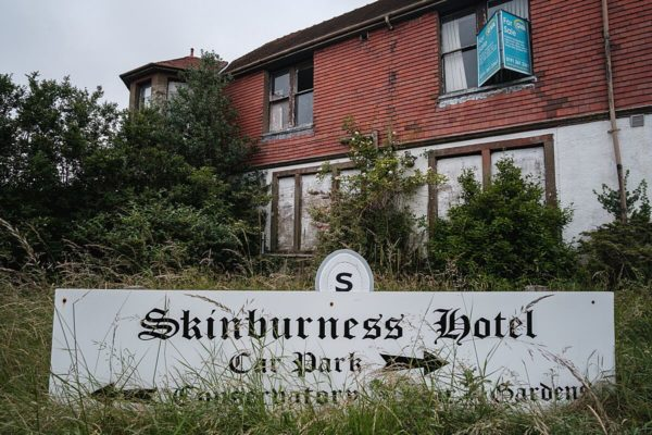 Skinburness-Hotel-sign