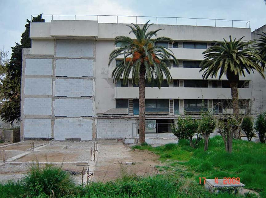 grand-hotel-lopud-croatia-squatters-2012