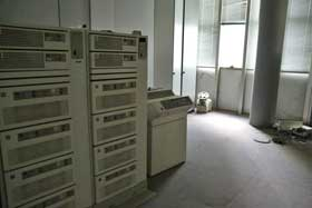 These mammoth computer systems cost six figures and were state-of-the-art in 1991. By 1995 they were obsolete, and failed to sell at Bugatti's bankruptcy auction. For the last 20 years they've sat undisturbed in the former Bugatti Automobili corporate enter.