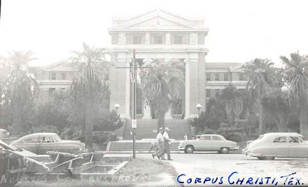 The 1914 Nueces County Courthouse circa 1940s