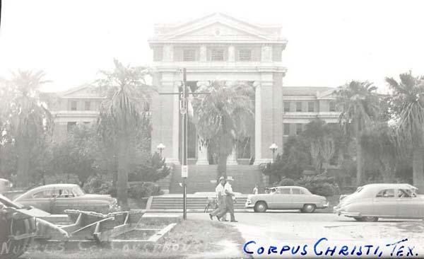 The 1914 Nueces County Courthouse circa 1940s
