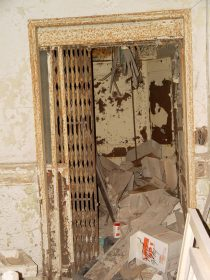 Elevator in the old 1914 nueces county courthouse, circa 2006
