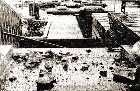 In 1976 terra cotta crashed onto the Nueces Courthouse steps for the umpteenth time.