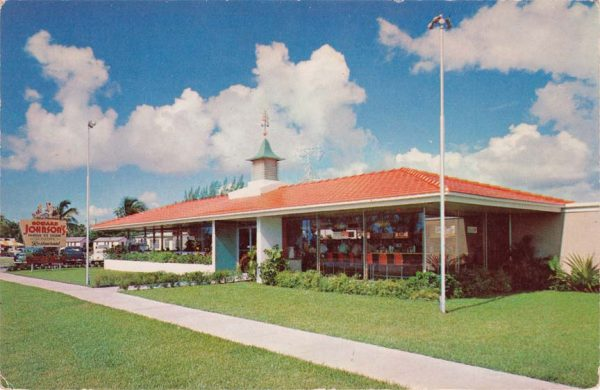 "Rufus Nims' ""Series 77"" Howard Johnson's restaurant design."